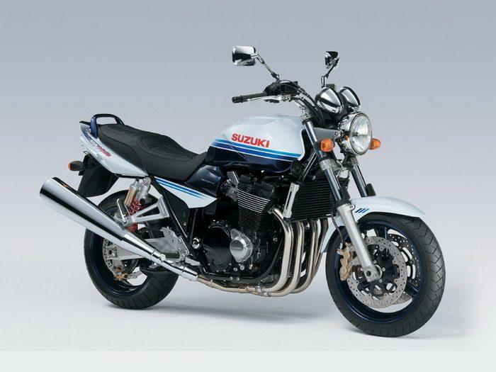 Suzuki GSX 1400 2003 - 18