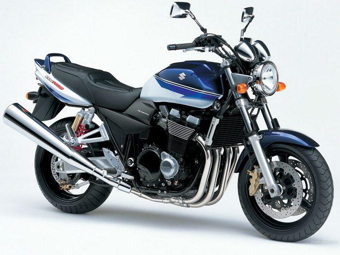 Suzuki GSX 1400 2003 - 21