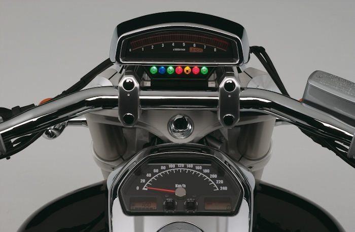 Suzuki INTRUDER M 1800 R2 2008 - 5