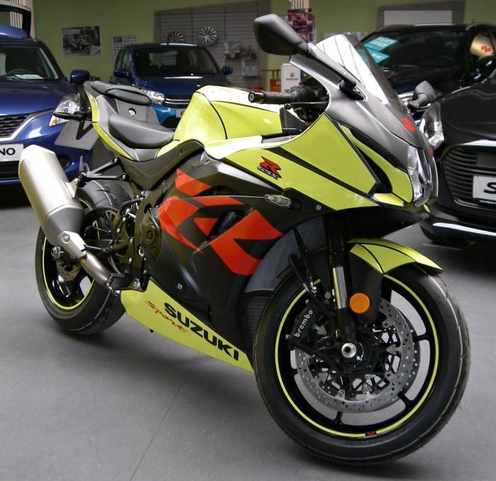 suzuki gsx r 1000 swift sport edition 2018 fiche moto motoplanete. Black Bedroom Furniture Sets. Home Design Ideas
