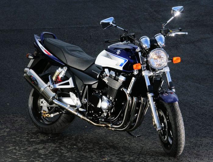 suzuki gsx 1400 yoshimura 2006 fiche moto motoplanete. Black Bedroom Furniture Sets. Home Design Ideas