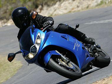 Triumph 1050 SPRINT ST
