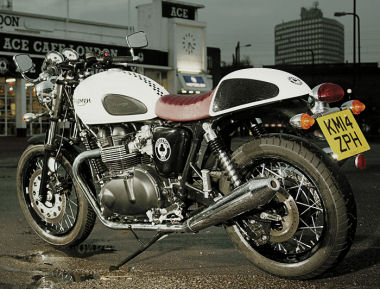 Triumph 900 THRUXTON �dition sp�ciale ACE 2014