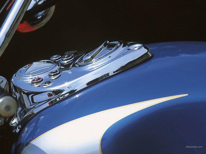 Triumph 800 BONNEVILLE AMERICA 2001 - 23