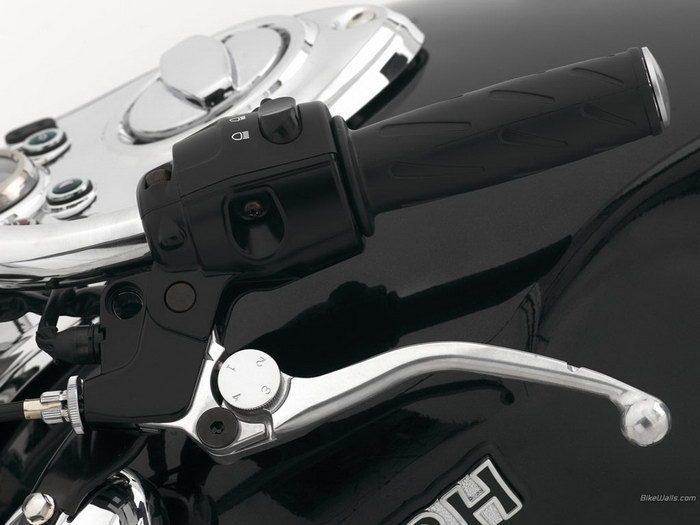 Triumph 800 BONNEVILLE AMERICA 2001 - 30