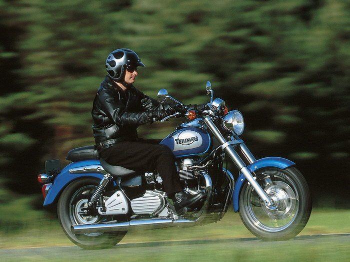 Triumph 800 BONNEVILLE AMERICA 2001 - 8