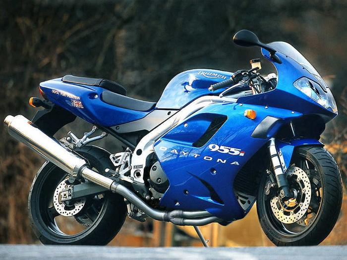 Triumph 955i DAYTONA 2003 - 4