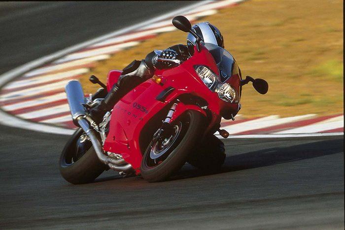 Triumph 955i DAYTONA 2003 - 9
