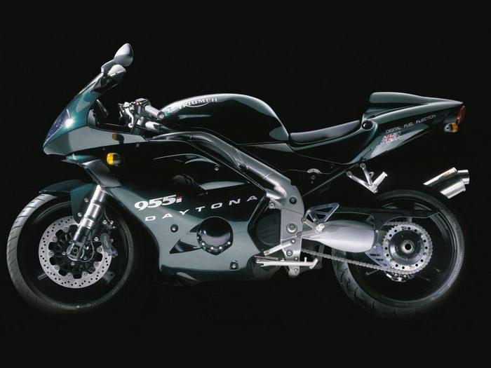 Triumph 955i DAYTONA 2003 - 17