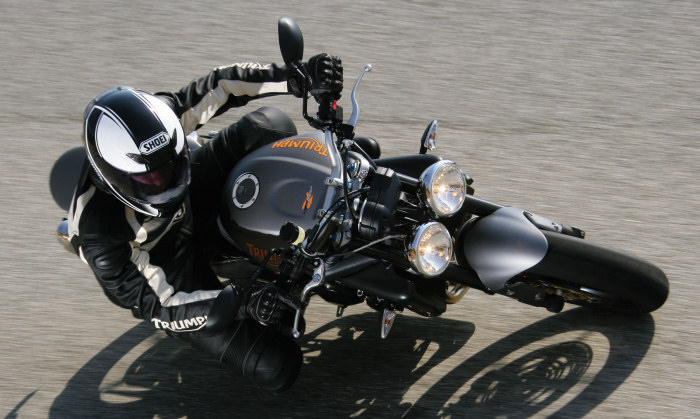 triumph 675 street triple r 2009 fiche moto motoplanete. Black Bedroom Furniture Sets. Home Design Ideas