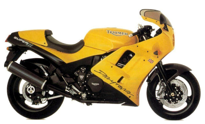 Triumph 900 DAYTONA SUPER III