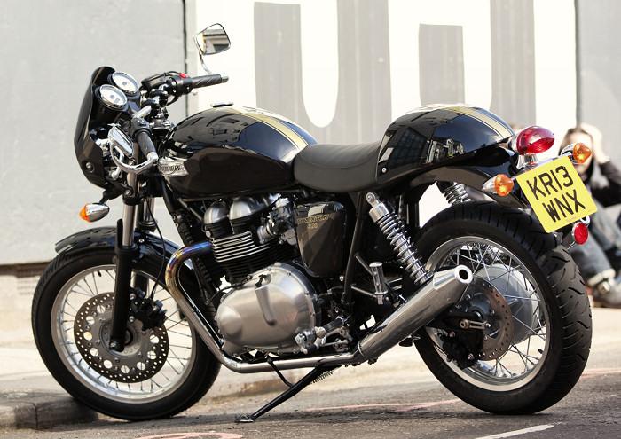 triumph 900 thruxton 2015 fiche moto motoplanete. Black Bedroom Furniture Sets. Home Design Ideas