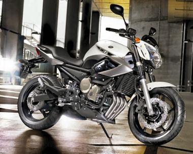 moto Yamaha XJ6 600 Naked2010