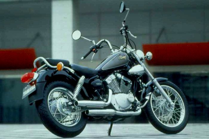 Yamaha XV 125 VIRAGO 2000 - 2
