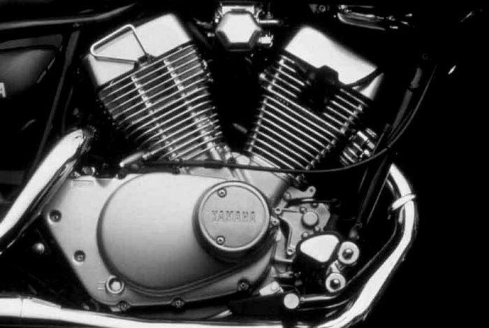 Yamaha XV 125 VIRAGO 2000 - 3