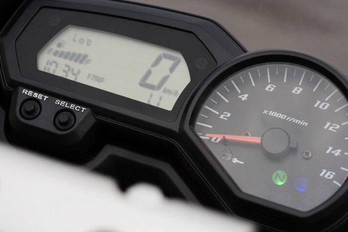 Yamaha FZ6 600 FAZER S2 2007 - 30