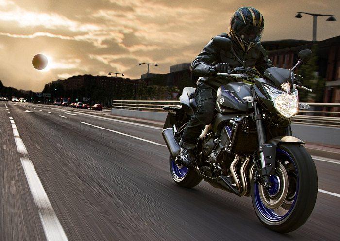 Yamaha 800 FZ8 Race Blu 2013 - 2
