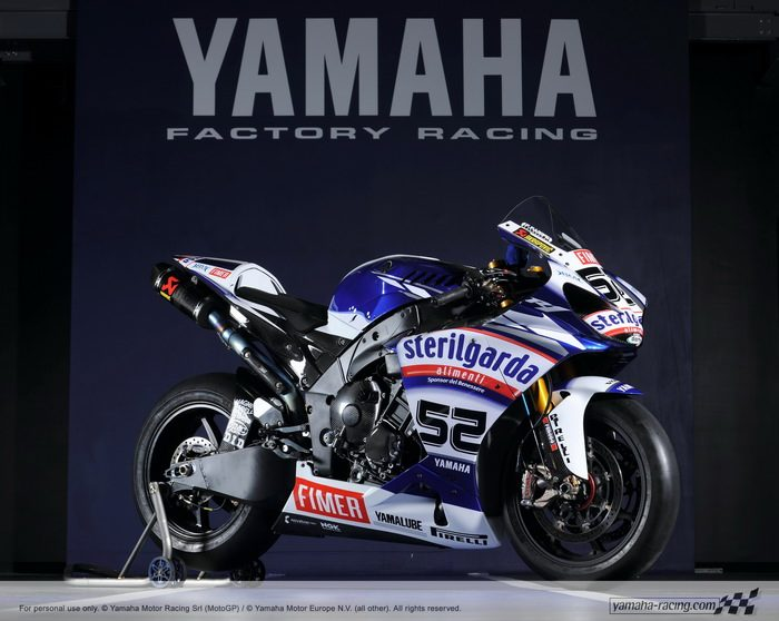 miniature Yamaha YZF-R1 1000 Factory SUPERBIKE 2010 - 22