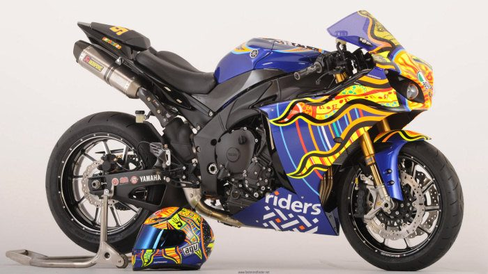 miniature Yamaha YZF-R1 1000 Riders for Health 2010 - 6