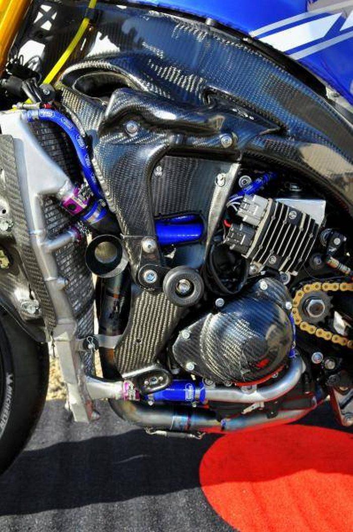 Yamaha YZF-R1 1000 EWC GMT 94 2011 - 17