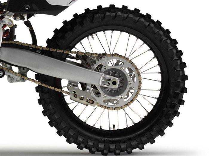 Yamaha YZ 450 F 2012 - 10