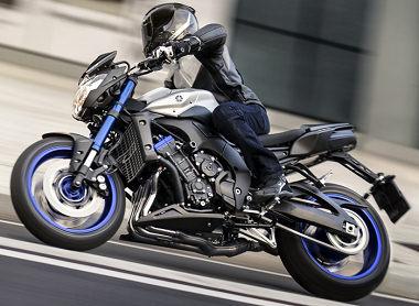 moto Yamaha 800 FZ8 2015