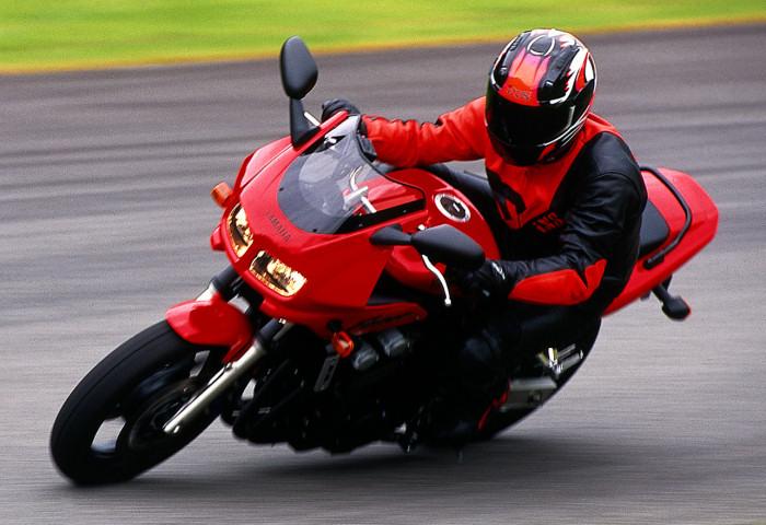 Yamaha 600 FAZER FZS