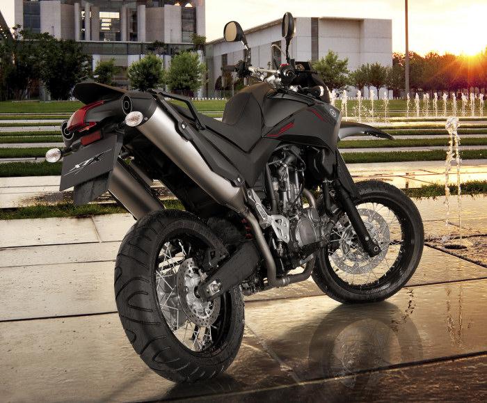 Pneu moto xtx 660