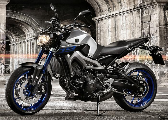 moto yamaha 2015