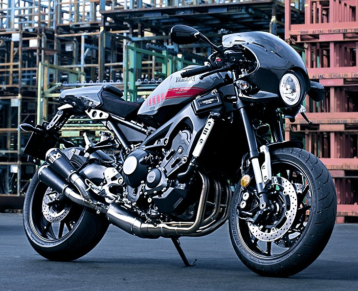 yamaha xsr 900 abarth 2017 fiche moto motoplanete. Black Bedroom Furniture Sets. Home Design Ideas