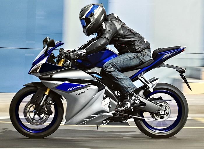 Yamaha yzf r 125 2016 fiche moto motoplanete for Yamaha 125 l