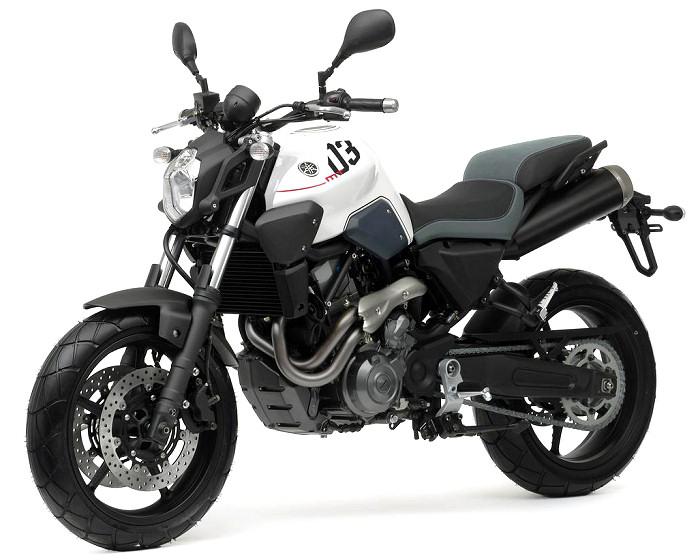 Yamaha mt 03 2014 fiche moto motoplanete for Yamaha mt 03