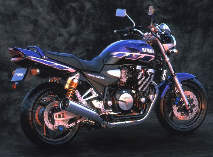 yamaha xjr 1300 2000 fiche moto motoplanete. Black Bedroom Furniture Sets. Home Design Ideas